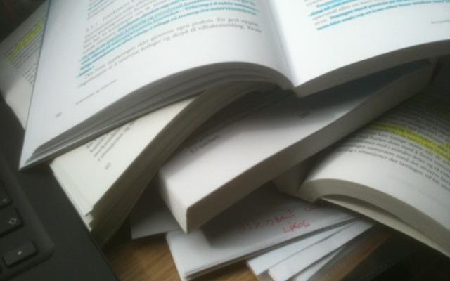 hightlighting books