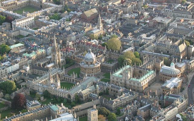 Birdseye view of Oxford