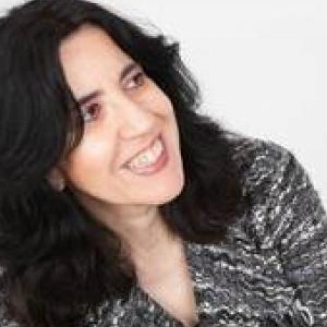 Dr Graciela Iglesias-Rogers