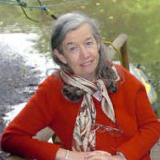 Dr Rowena Archer