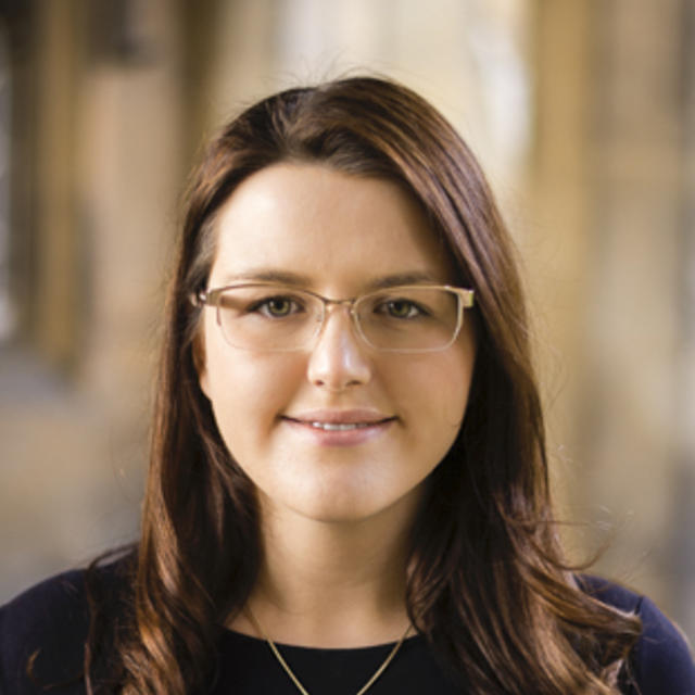 Dr Sabine Schneider
