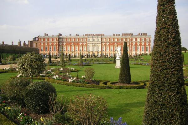 Christopher Wren's buildings at Hampton Court Palace