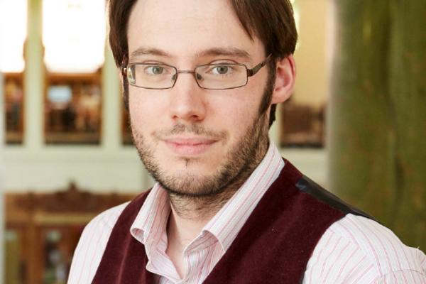 Dr Robert Upton