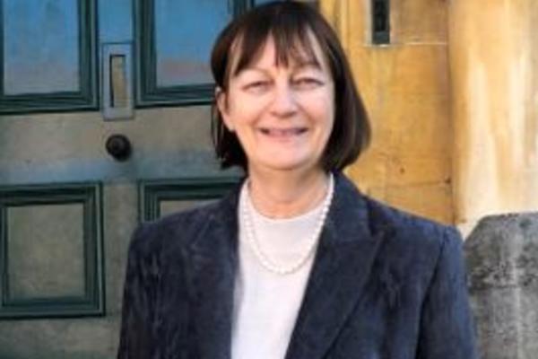 Dr Margaret Coombe